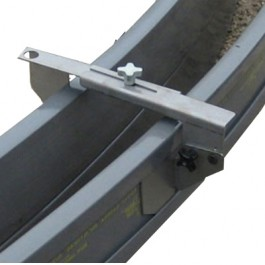 Metal Forms Overhead Hangers for Curb & Gutter Forms (5-per bucket)